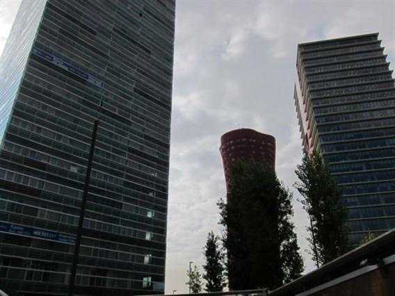 Plaza europa de l hospitalet crecimiento un polo econ mico for Oficina correos hospitalet