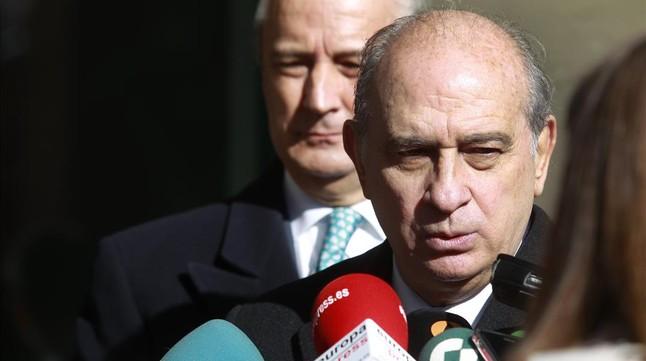 Fernández Díaz representará al Gobierno en la toma de posesión de Puigdemont