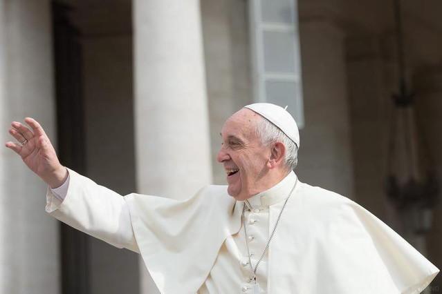 El Papa simplifica la nulidad del matrimonio y abarata el proceso