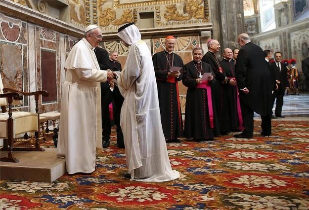 """El Papa apuesta por """"intensificar el di�logo"""" con el islam"""