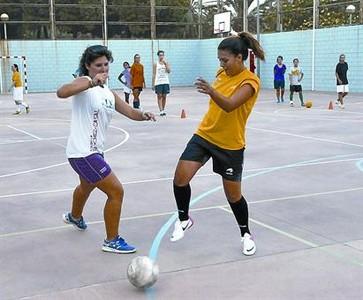 Más becas deportivas para los niños de la crisis