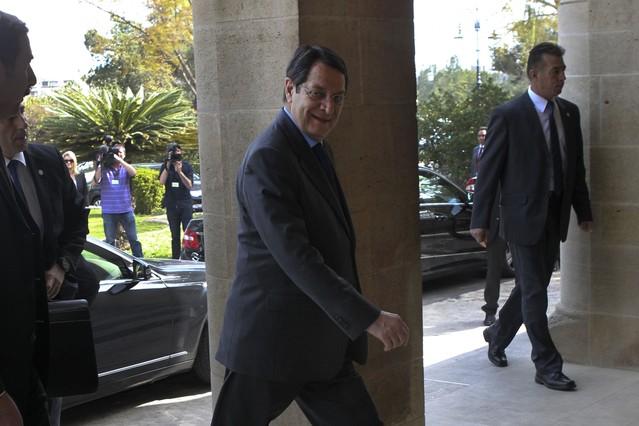 Anastasiadis anuncia un programa urgente para reactivar la econom�a de Chipre