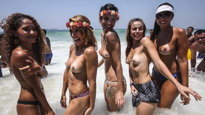 Grupo de chicas blancas
