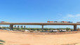 La prova de càrrega del viaducte permetrà obrir el nou accés a l'autopista a Viladecans