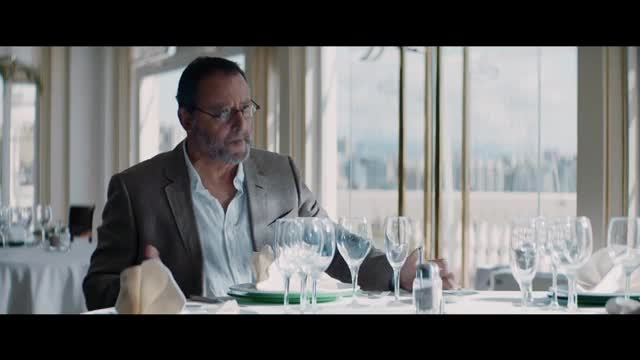 Jean Reno protagonitzarà l'anunci d'estiu d'Estrella Damm
