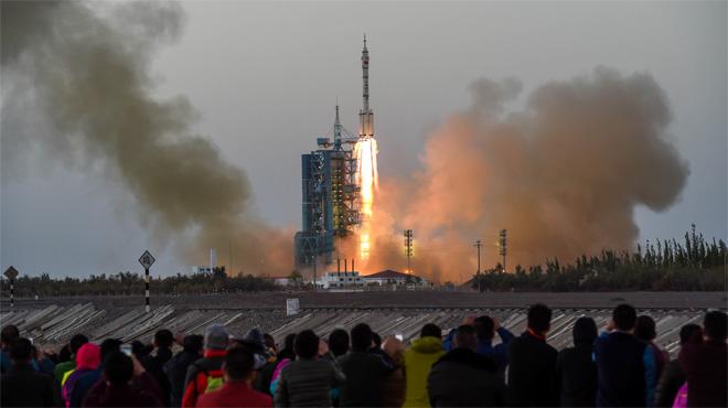 La Xina envia a l'espai els primers tripulants del seu laboratori espacial