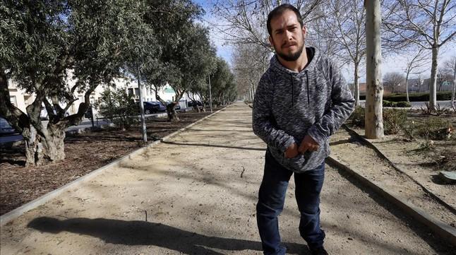 Juan Manuel Montilla, El Langui, en un parque cercano a su casa, en San Martín de la Vega (Madrid).