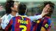 La impotencia blanca. Sergio Ramos golpea a Puyol después de que el árbitro expulsara al madridista en los minutos finales del clásico de la primera vuelta de la temporada.
