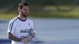Messi carga contra la AFA por el retraso en la salida del avi�n de Argentina