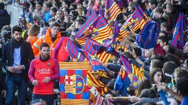 """""""¡Messi, queda't!"""""""