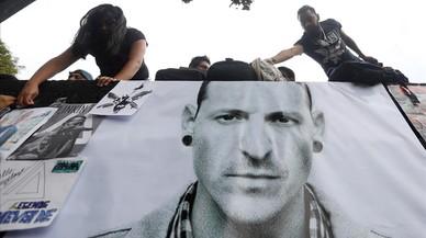 """Linkin Park despide a Bennington, el hombre que cantó sobre sus """"demonios"""""""