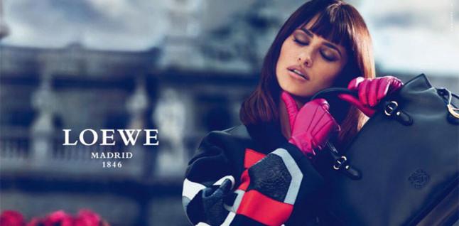 Penélope y Mónica Cruz fichan como diseñadoras de Loewe