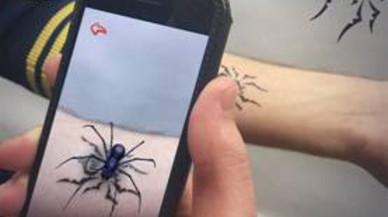 Tatuajes virtuales con realidad aumentada en el Mobile Word Congress