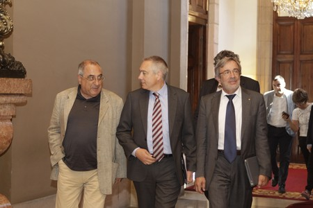 Nadal, Navarro y Sabat, hoy en el Parlament.