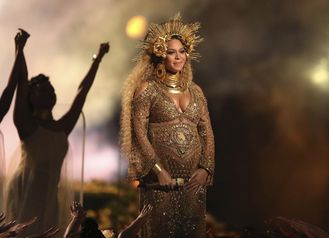 Beyoncé, el pasado 12 de febrero en la gala de los premios Grammy, visiblemente embarazada.