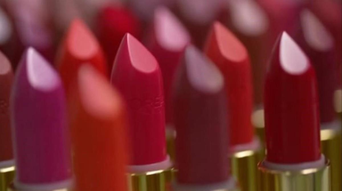 L'Oréal París se alía con Balmain para lanzar barras de labios 'low cost'