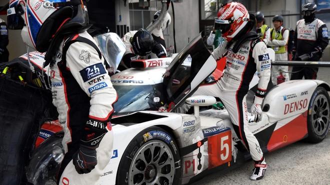 Dramàtica derrota de Toyota en l'últim minut de les 24 Hores de Le Mans