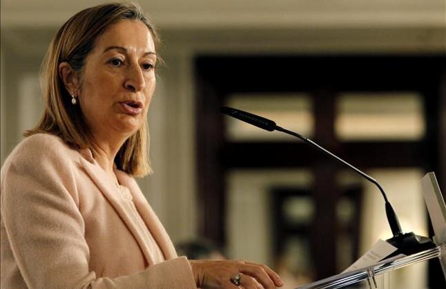 """El lapsus de Ana Pastor: """"Es incompatible estar en política y ser honrado"""""""