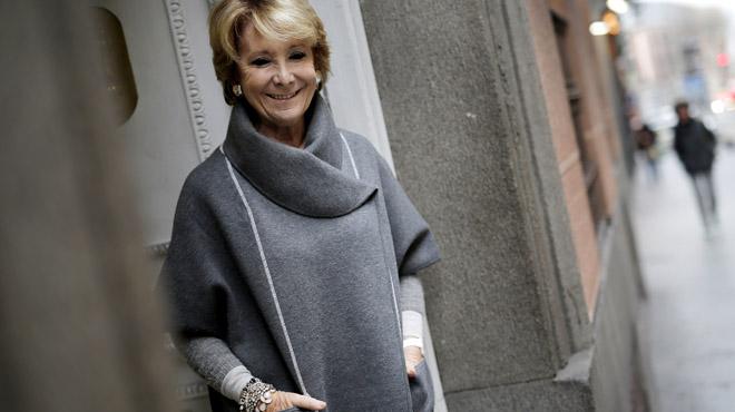 Esperanza Aguirre, portavoz del PP en el Ayuntamiento de Madrid, nos relata como ha superado un cáncer con un tumor de 1,8 cm.