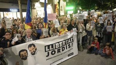 Grupos de la oposición en Mataró lamentan el silencio oficial del alcalde Bote