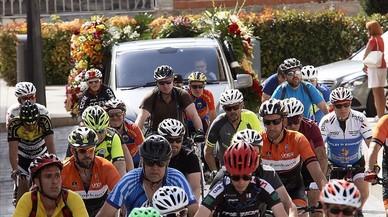 Una conductora beguda atropella sis ciclistes a Riudoms