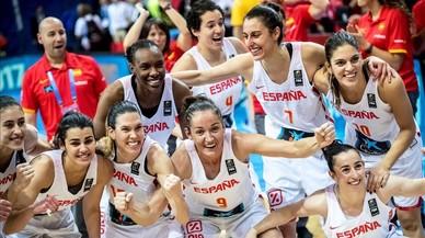 Las jugadoras españolas celebran el pase a la final en el Eurobasket tras derrotar a Bélgica.