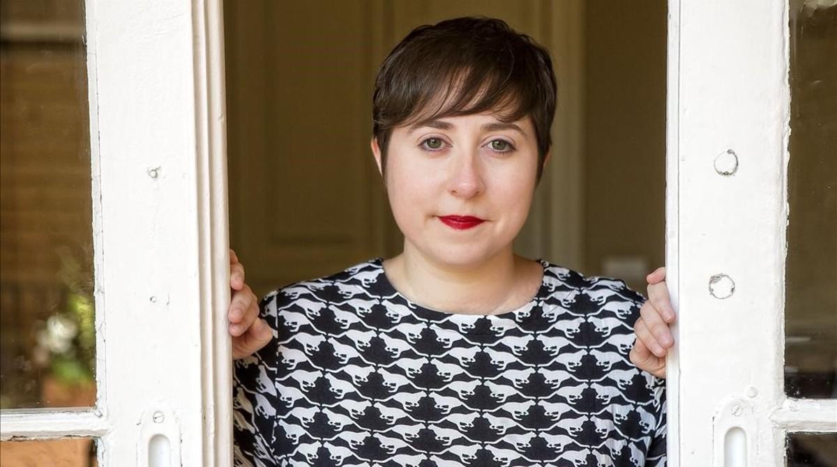 "Elena Medel: ""La poesia no és la germana pobra de la literatura"""