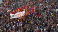Més de 40 manifestacions demanaran avui un referèndum sobre monarquia o república
