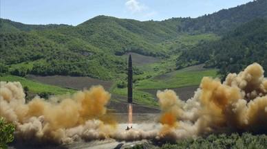 Corea del Nord llança un míssil