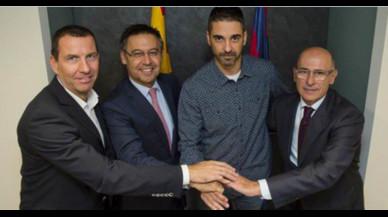 Navarro vincula el seu futur al Barça durant els pròxims 10 anys