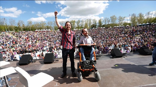 Iglesias defensa davant les seves bases que un pacte amb IU doblegarà el PSOE