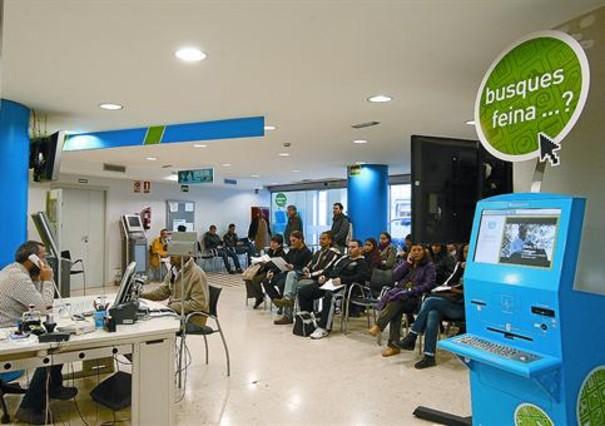 La patronal defiende un copago para desempleados for Oficinas soc barcelona