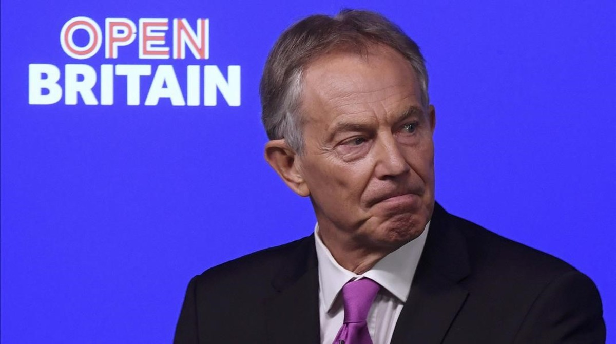 undefined37330399 former british prime minister tony blair delivers a keynote 170217141122