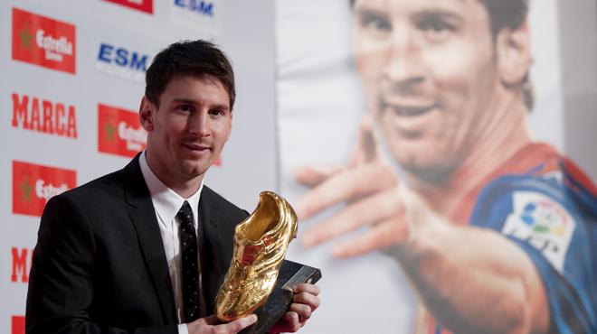 """Messi acaricia su cuarta """"Bota de Oro"""""""