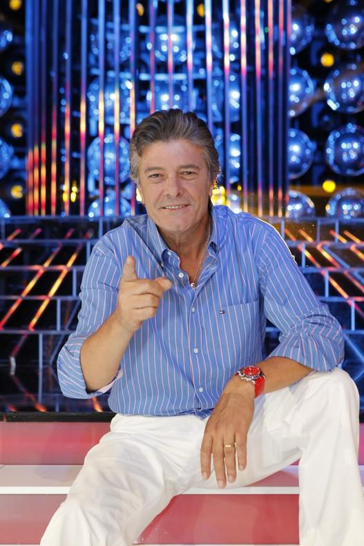 """El cantant Francisco diu """"escòria"""" a Mònica Oltra per criticar el resultat del 26-J"""