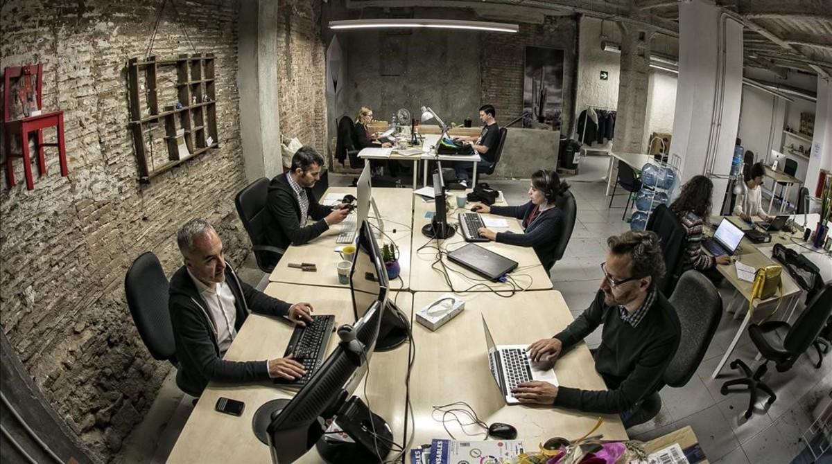 39 coworking 39 mucho m s que una oficina for Oficinas bbk en barcelona