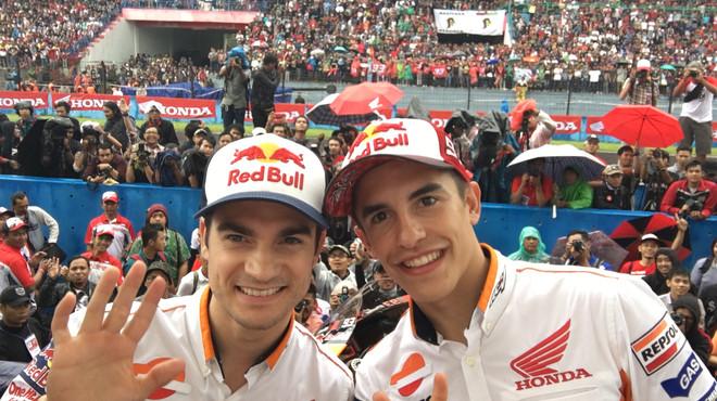 Márquez i Pedrosa, rebuts com a herois a Indonèsia