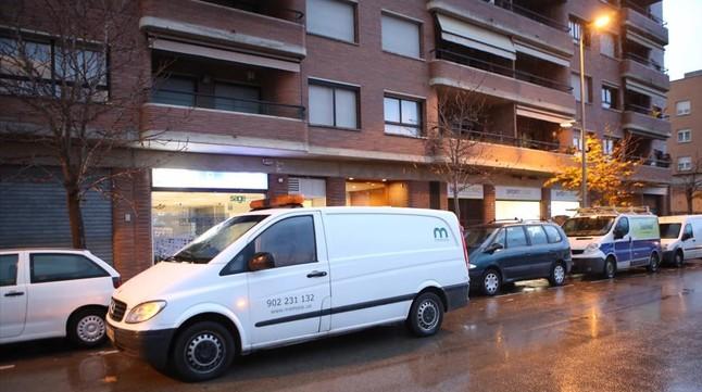 Hallado un ni�o de 7 a�os que llevaba semanas muerto en su casa, en el centro de Girona