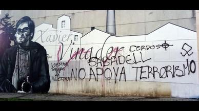 La Policía de Sabadell detiene los dos presuntos autores del ataque fascista contra el grafiti en homenaje a Xavier Vinader