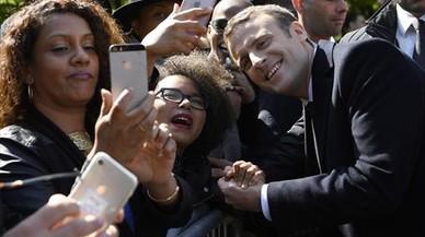 Macron contra la izquierda fúnebre