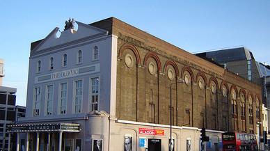 Evacuat en plena funció el teatre Old Vic de Londres per una amenaça de bomba