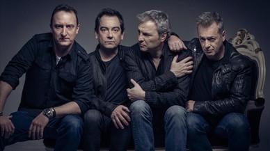 Hombres G, conDavid Summers (segundo por la derecha).