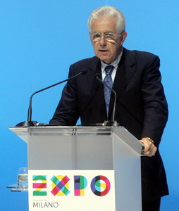 El primer ministro italiano, Mario Monti, durante un discurso sobre la Expo 2015, este viernes en Miln. 