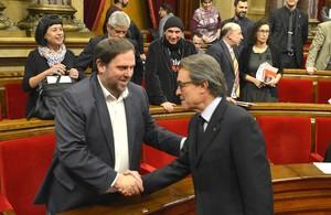Artur Mas y Oriol Junqueras en el pleno del Parlament