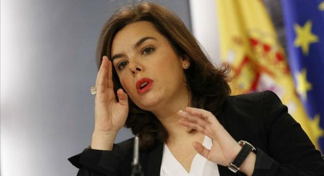 La vicepresidenta del Gobierno, Soraya Sáenz de Santamaría, en la rueda de prensa posterior al Consejo de Ministros.