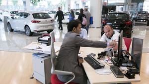 La venta de turismos ha crecido durante la primera quincena de abril.