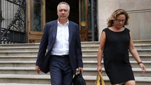 Pere Navarro a la salida de la Audiencia de Barcelona.