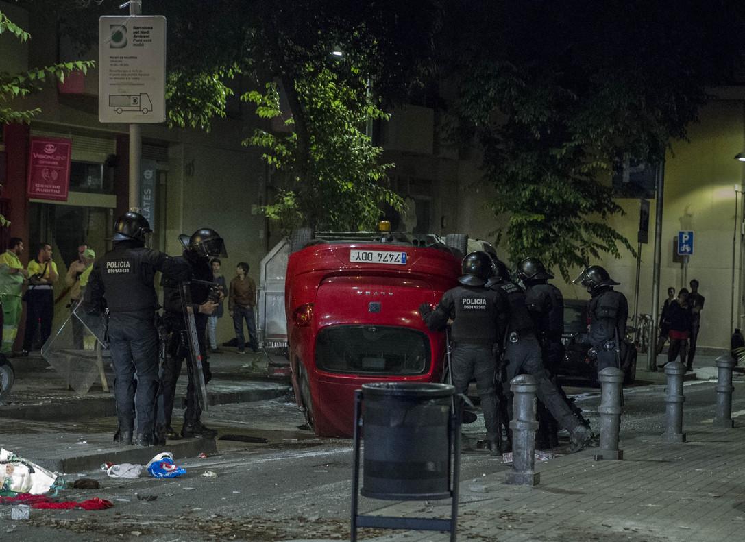 """Regidors de la CUP mostren el seu suport """"als que planten cara a les agressions del capital"""""""