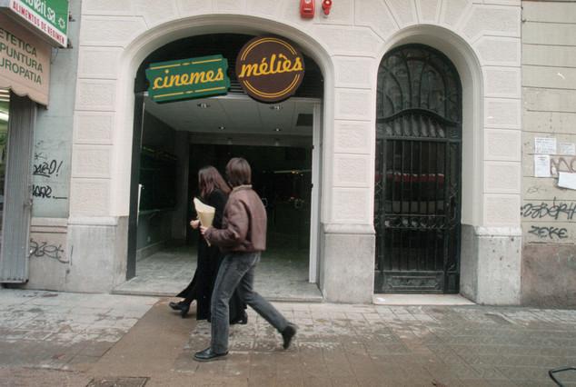ENCUESTA METACINEMATOGRÁFICA. CINE DENTRO DEL CINE. - Página 2 Cine-melies-barcelona-antes-del-incendio-1307125059031