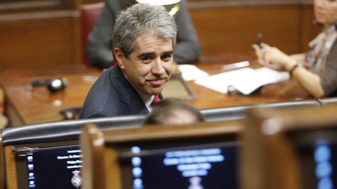 CDC ofereix a Sánchez estabilitat a canvi del referèndum
